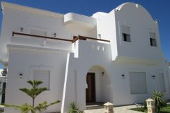 Une belle maison récente meublée en haute standing avec piscine à louer pour vos vacances à Djerba Midoun