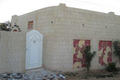 Maison meublée et clôturée de style traditionnel à louer à l'année à Mguerssa Djerba Midoun