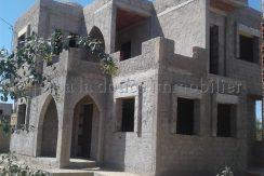 maison inachevée titrée en zone urbaine à vendre à la zone touristique Djerba Midoun