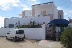 spacieuse maison à louer sans meuble à Zarzis route Mednine