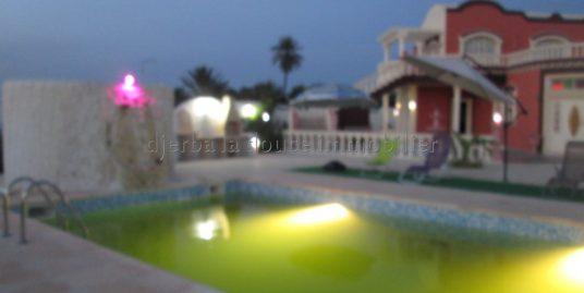 spacieuse maison de charme à louer avec ou sans meuble à Arkou Djerba Midoun proche la mer