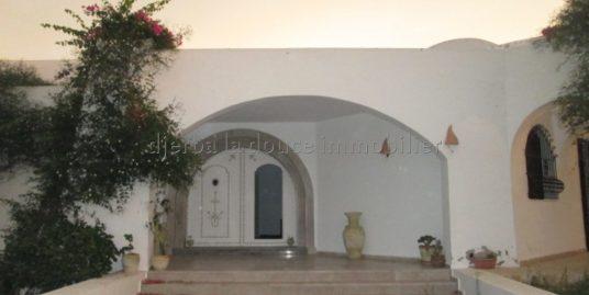 villa d'exception charmante et prestigieuse à louer à l'année à Djerba Midoun