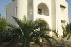 Belle maison s+3 meublée à louer à Djerba Midoun Temlel route de Tezdaine – Djerba