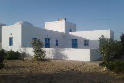 Maison de style Djerbien à vendre à Djerba route du phare pas loin de la mer