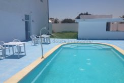 des appartements s+1 et s+2 d'une résidence avec piscine à louer pour les vacances à Djerba Midoun route du phare