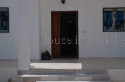 Appartement au rez de chaussée avec entrée indépendante à louer pour les vacances à Djerba Midoun proche du phare