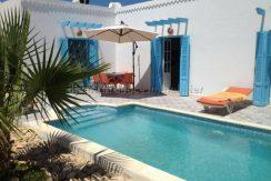 jolie petite maison meublée avec piscine à louer pour les vacances à Fatou Houmt Souk Djerba
