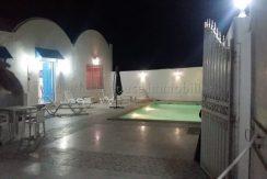 maison meublée s+3 avec piscine proche de la mer à louer pour les vacances à tézdaine Djerba