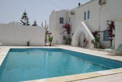 Résidence de 6 bungalows haute standing avec piscine pour vos vacances à Djerba proche mer Aljazira Sidi Mehrez