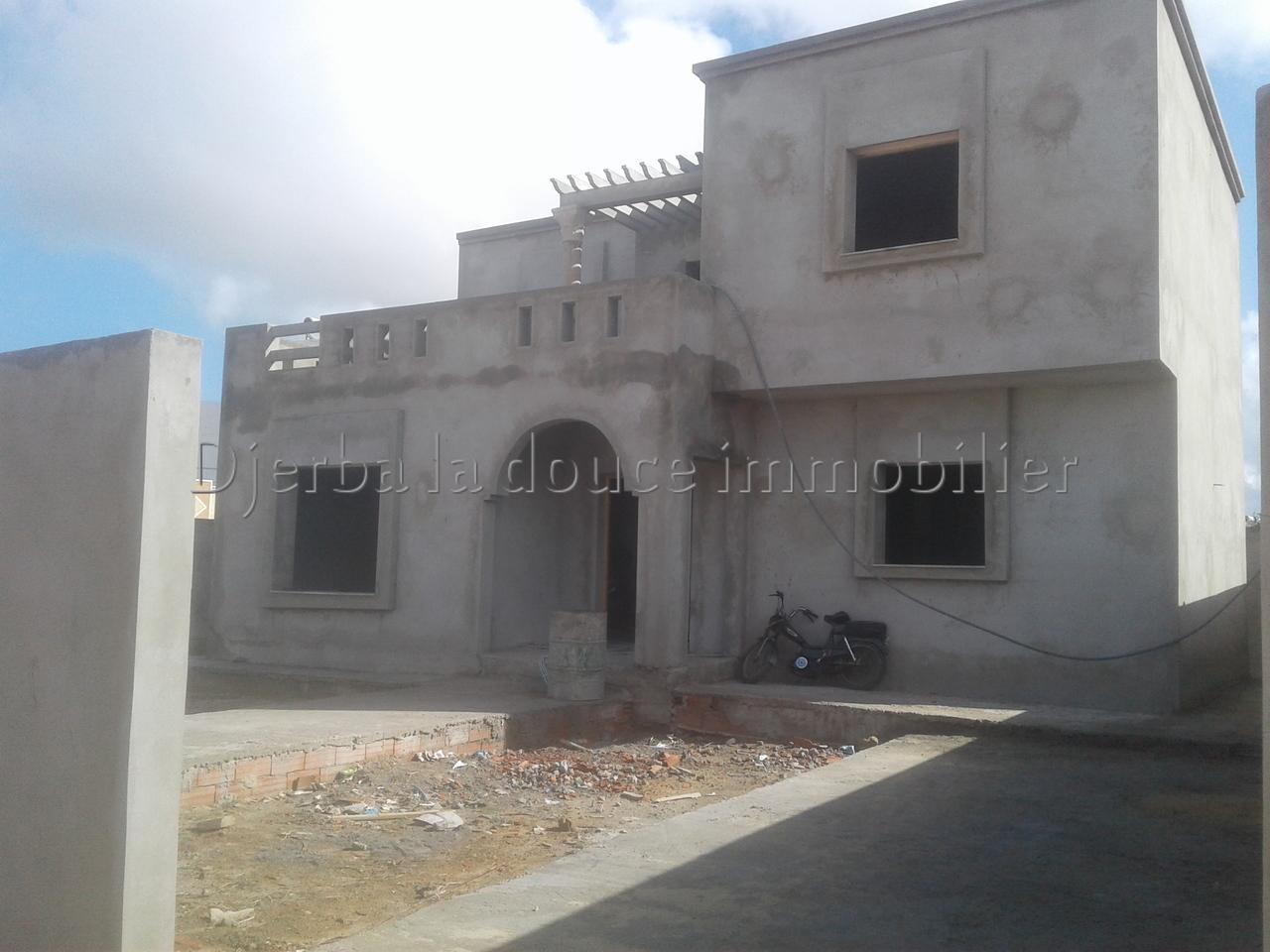 deux magnifiques villas ZU , titré a vendre à midoun Djerba – Midoun