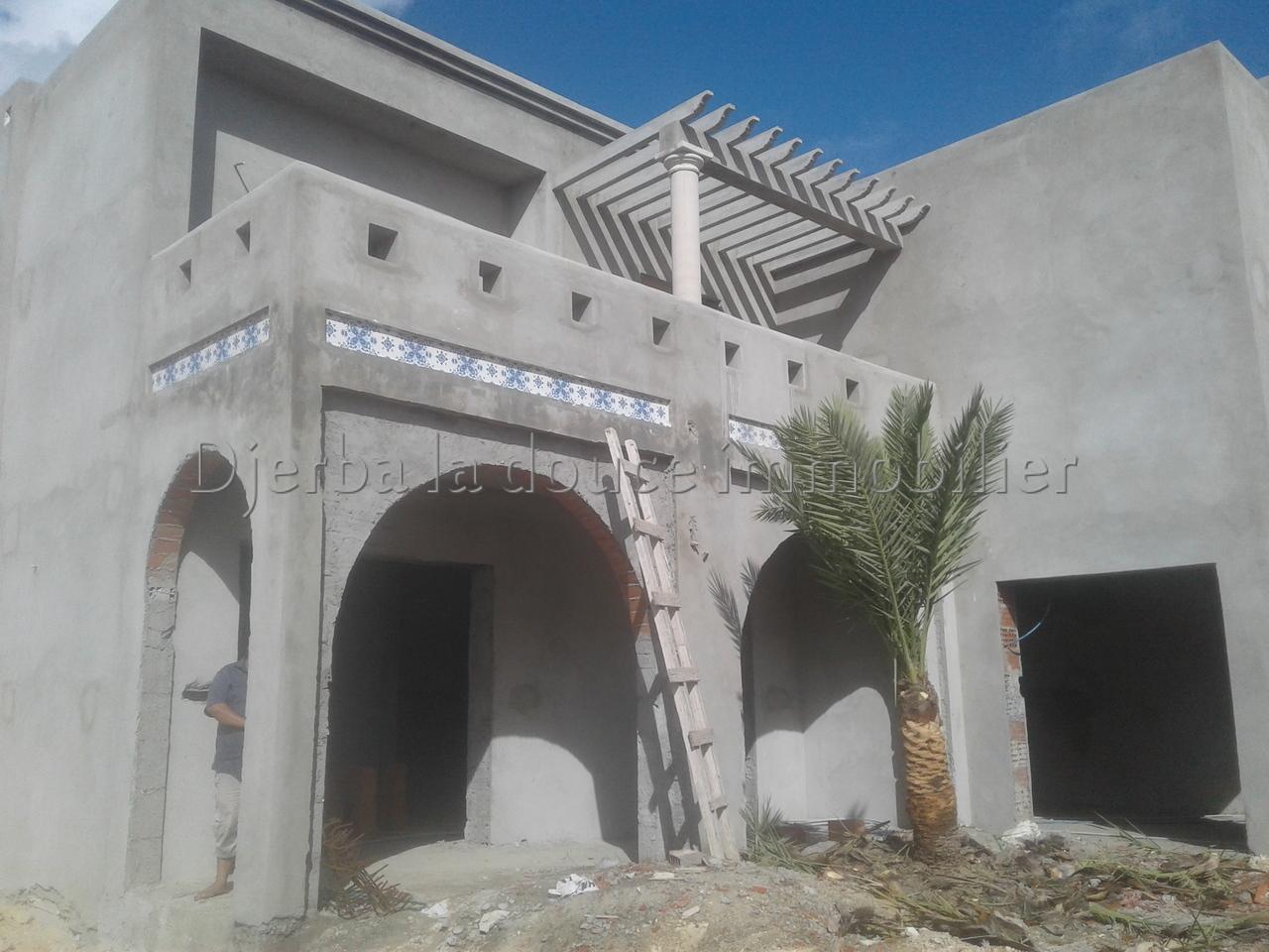 Une  villa neuve Titré a vendre à route du phare_Djerba – Djerba