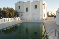 Belle spacieuse maison meublée avec piscine  à louer à l'année à Djerba Midoun Tezdaine