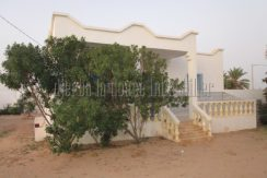 jolie villa proche de la mer pour vos location a tézdaine Djerba