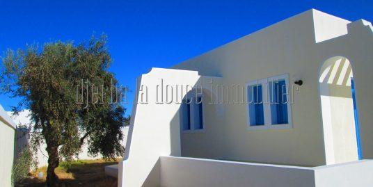 Villa titrée en ZU toute neuve à vendre à midoun