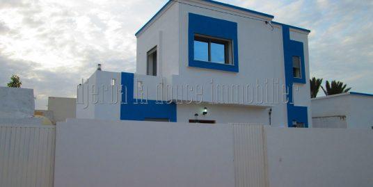 Villa avec piscine toute neuve ZU à vendre à Djerba Midoun