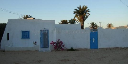 spacieuse villa pas loin de la mer au zone touristique hdadda