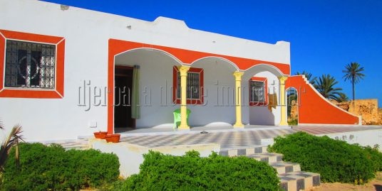spacieuse villa a la compagne s+3 a géchaine Djerba