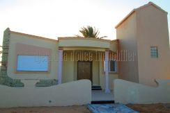 magnifique villa s+3 sans meuble plein pied à tézdaine Djerba