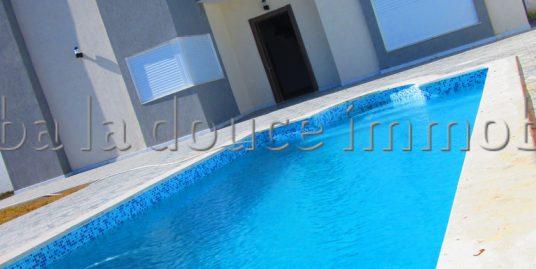 magnifique villa meublé avec piscine s+3 a vendre au route de phare
