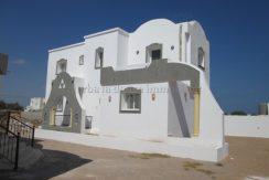 deux spacieuse villa s+3 meublé au route de phare Djerba