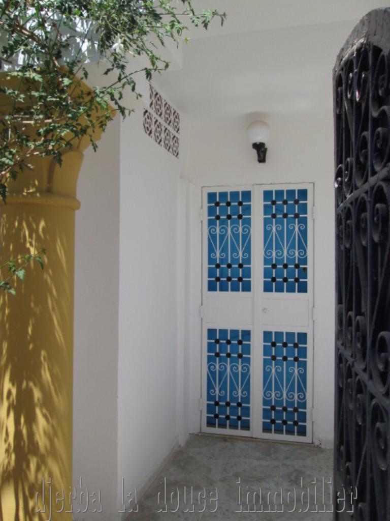 UnPrix choc  rez de chaussée d'une maison meublée à louer à Djerba Midoun Cité Erriyadh Ouled Amor – Djerba