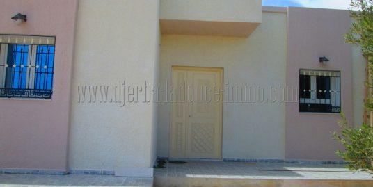 Villa toute neuve à louer  à l'année sans meuble à  Tézdaine Djerba Midoun