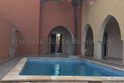 Charmante Villa  avec piscine de style marocain à louer  pour vos vacances  à Djerba Midoun route du phare