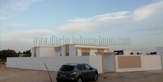 Maison toute neuve titre bleu à vendre à Djerba Midoun proche Géant