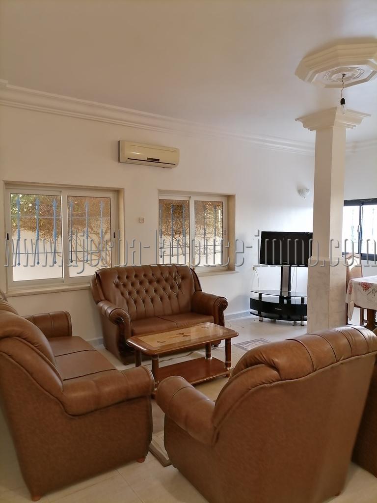 Jolie villa meublée vue de mer et lagune rare à louer à l'année à Tézdaine  Djerba Midoun