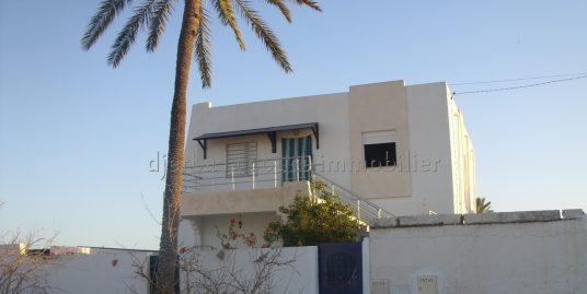 Un spacieux  appartement s+2 au  1 er étage à louer meublé proche centre ville de Midoun – Djerba