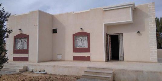 Jolie villa sans meuble à louer à tézdaine Midoun