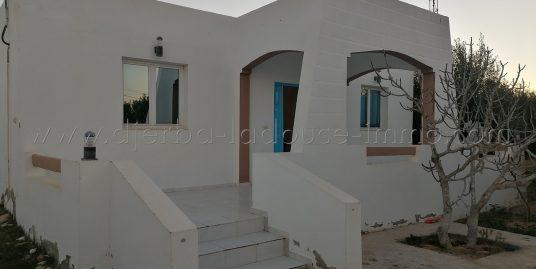 Jolie maison meublée proche de mer et lagune , louer à l'année à Tézdaine Djerba Midoun