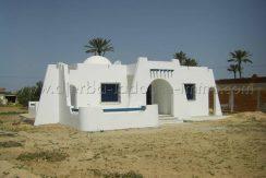 Une Maison coquette plain pied à louer sans meuble à khazroun proche Géant