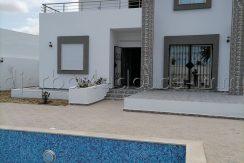 Jolie Villa neuve meublée a Louer à Sidi Smail – Houmt Souk
