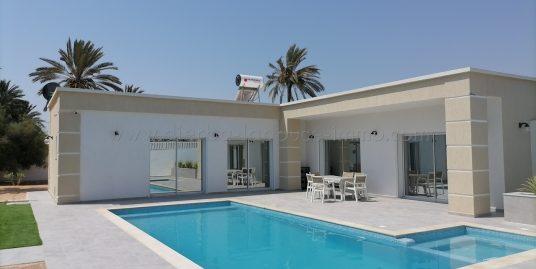 Une très belle Villa Meublée À Louer À L'année À Tézdaine – Djerba Midoun