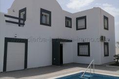 Charmante villa avec piscine récemment construite à louer meublée à l'année à Djerba Midoun Rte Aghir