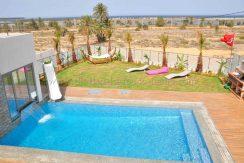 Villa de luxe avec vue de mer impressionnante À Louer À L'année À Tézdaine – Djerba